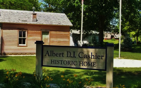 Saunemin's Historic Cashier Home